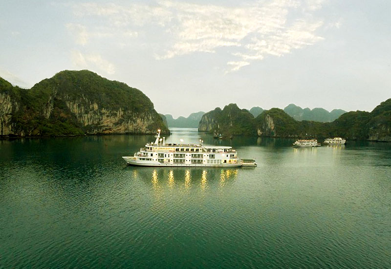List of 5-star cruises in Halong Bay