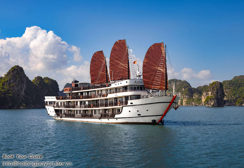 Best luxury 5 star cruise in Halong Bay