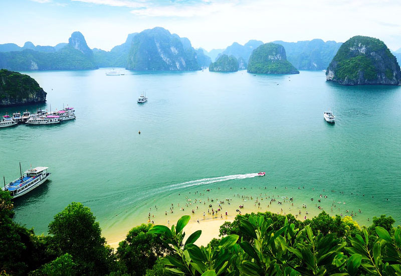 How to get to Halong Bay from Singapore