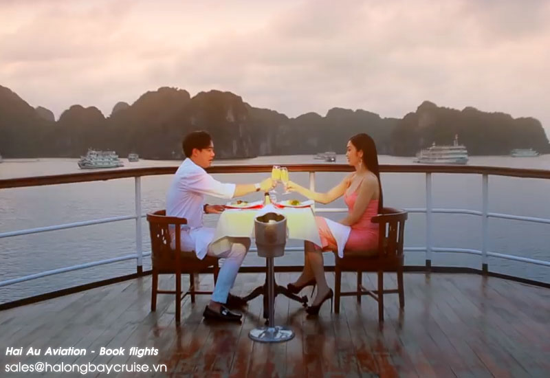 Valentine's Day Cruise in Halong Bay
