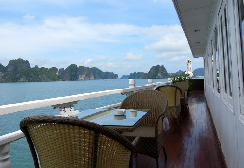 How to choose a best cruise for your Halong bay tour 2017?
