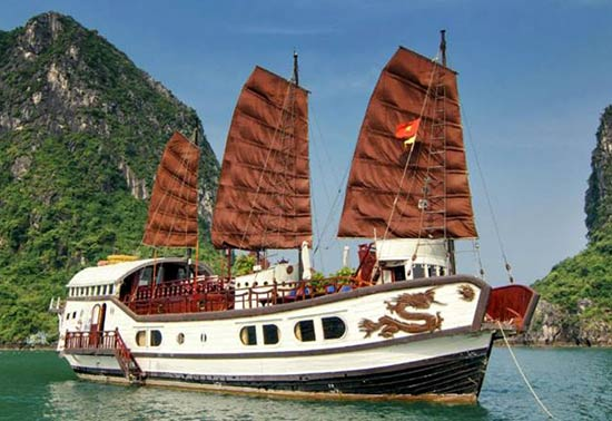 Why Halong Bay Charter Cruises?