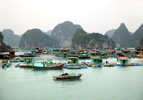 Cua Van  Floating Villages