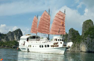Red Dragon Cruise 3 days/2 nights