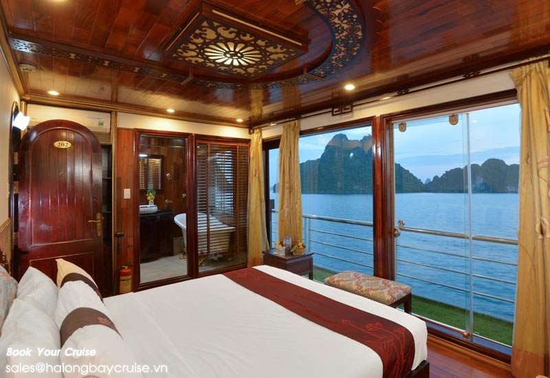 Oasis Bay Cruise 2 Days/1 Night