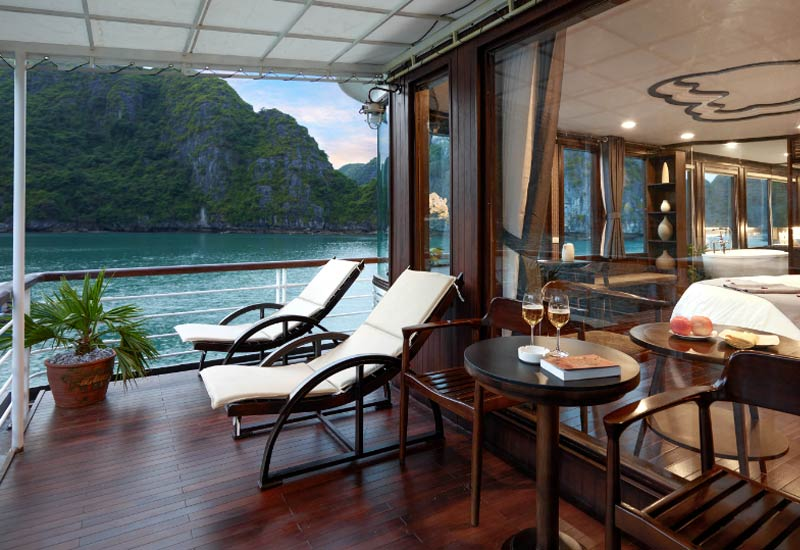 Hilton Opera - Orchid Cruise 6 Days/5 Nights