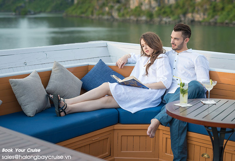 Paradise Luxury cruise 2 days/1 night