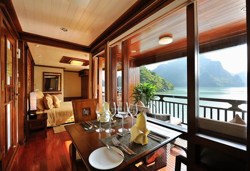Paradise Peak Cruise 2 days/1 night