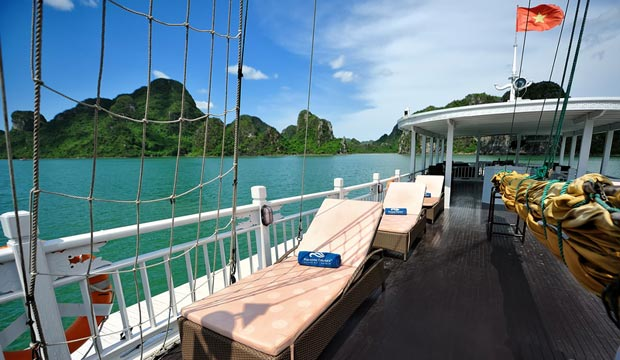 Paradise Private Charter Cruise