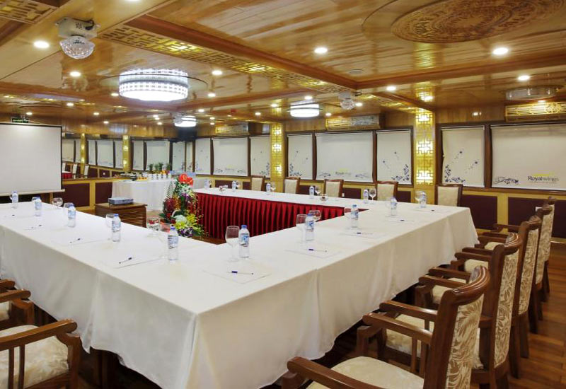 Royal Wings Cruise restaurant